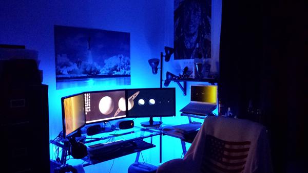 multi-monitor-gaming-setup-(21)