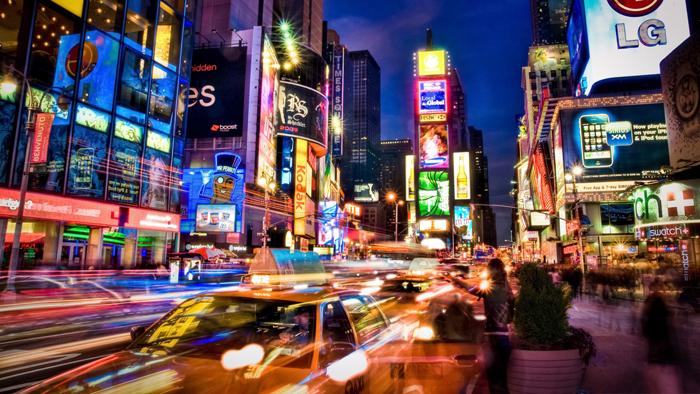 nyc-street-lights-in-long-exposure-310077