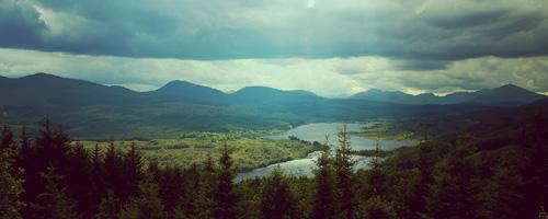 riverthroughrollinghills
