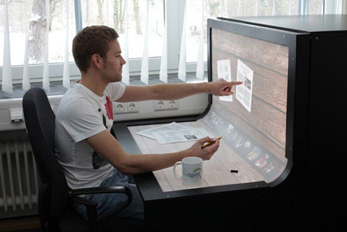 BendDesk-is-a-Workstation-and-Multitouch-Computer-in-One